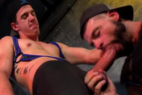 Muscly Bum Destroyed Hunk Getting Trim hardcore
