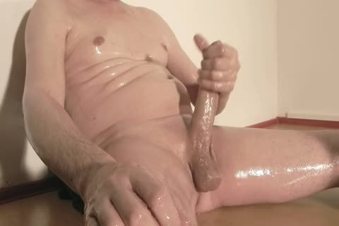 Robin Jerks His hairless Oiled Uncut Monstercock 156