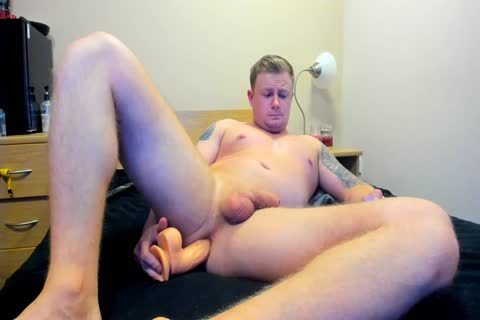 meaty British twink Plays With His gap
